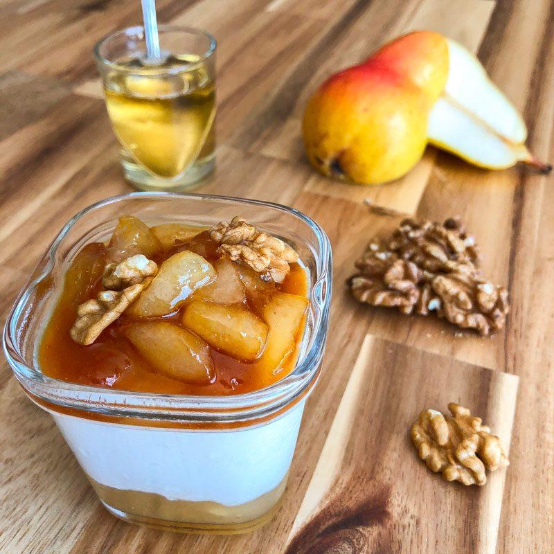 ferment yaourt au soja, confiture poire, poire caramélisée noix en topping