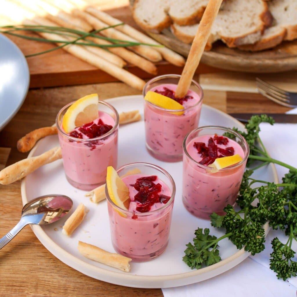 On vous propose de quoi se retrouver et partager un bon moment autour de délicieuses verrines végétales !